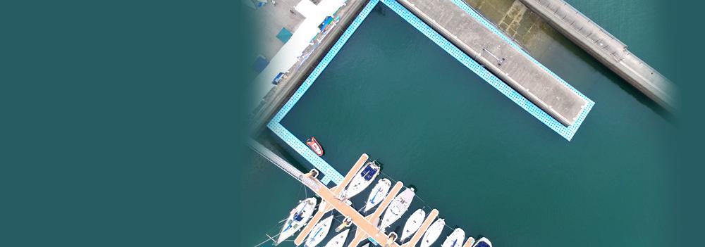ヨットハーバーで利用されているピアフロート